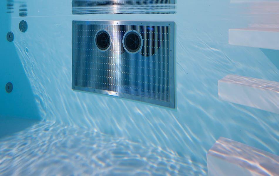hydrostar-binder-nuoto-controcorrente